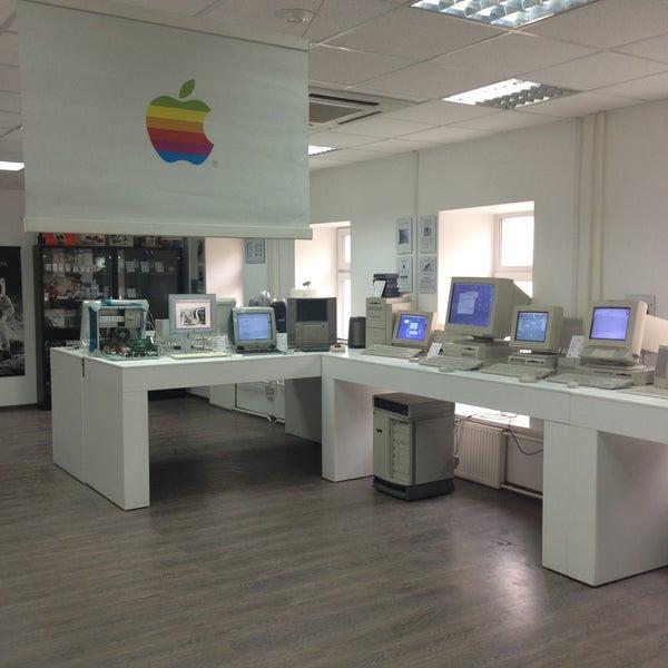 4/28/2013에 Mihail S.님이 Moscow Apple Museum에서 찍은 사진