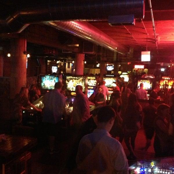 Снимок сделан в Headquarters Beercade пользователем Arlene L. 9/1/2013