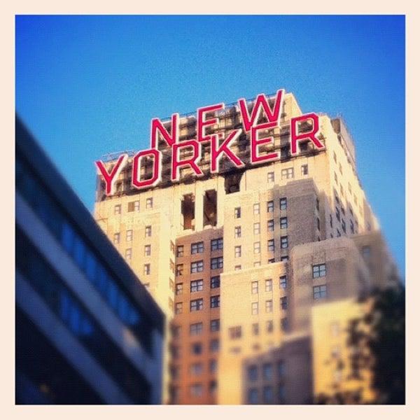 Foto diambil di Wyndham New Yorker oleh Paul v. pada 11/15/2012