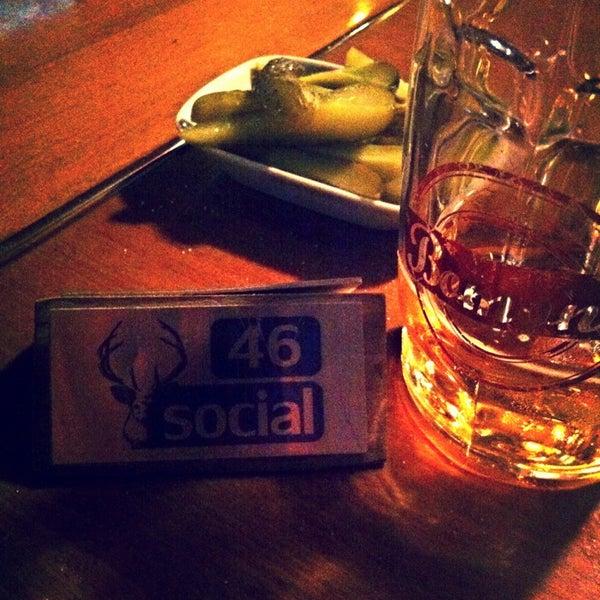 6/9/2013 tarihinde Mert Ç.ziyaretçi tarafından Social Pub'de çekilen fotoğraf