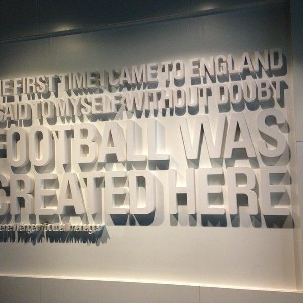 3/6/2013 tarihinde Juan T.ziyaretçi tarafından National Football Museum'de çekilen fotoğraf