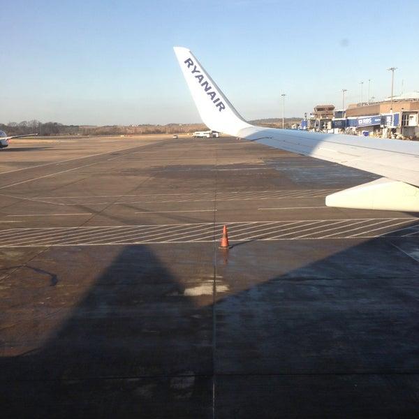 Das Foto wurde bei Edinburgh Airport (EDI) von Juan T. am 3/1/2013 aufgenommen