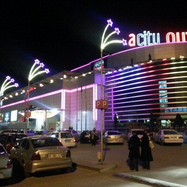 Das Foto wurde bei ACity Premium Outlet von Ahmet B. am 3/5/2013 aufgenommen