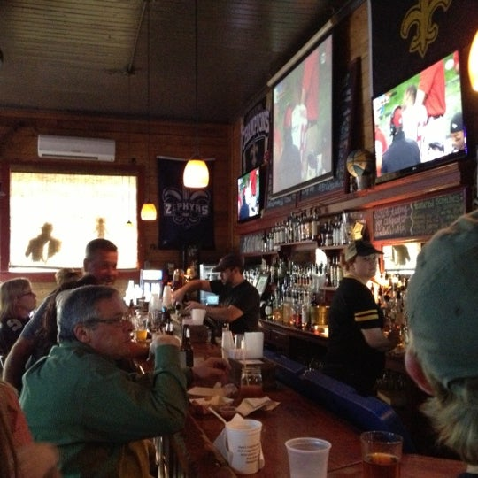 Foto diambil di The Rusty Nail oleh Bryan D. pada 11/25/2012