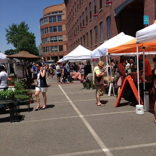 Foto tirada no(a) South End Open Market @ Ink Block por Brent G. em 6/2/2013