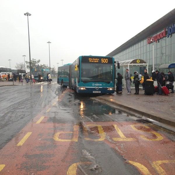 รูปภาพถ่ายที่ Liverpool John Lennon Airport (LPL) โดย Scott D. เมื่อ 2/13/2013