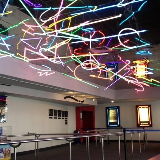 Снимок сделан в Autonation IMAX 3D Theater пользователем Taylor S. 3/11/2013
