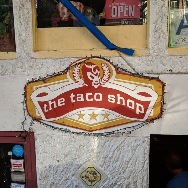 Photo prise au The Taco Shop par Carol H. le6/19/2018