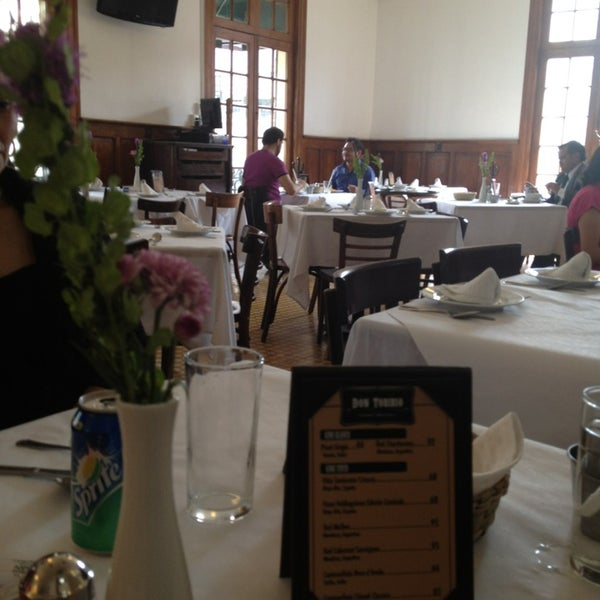 รูปภาพถ่ายที่ Restaurante Don Toribio โดย Claudia F. เมื่อ 2/25/2013