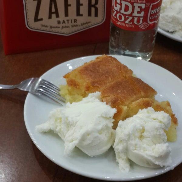 Das Foto wurde bei Zafer Tarihi Peynir Helvacısı von GS BURCİŞ❤💛 am 9/14/2018 aufgenommen