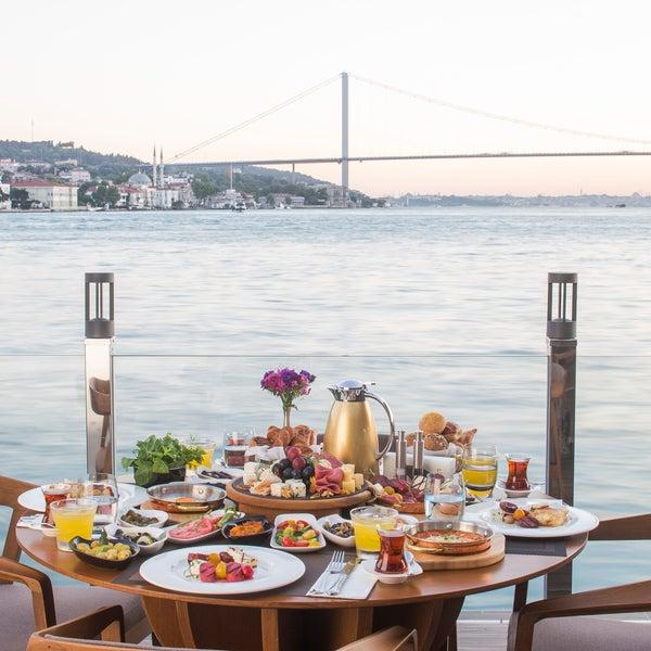 Photo prise au İnci Bosphorus par İnci Bosphorus le8/8/2017