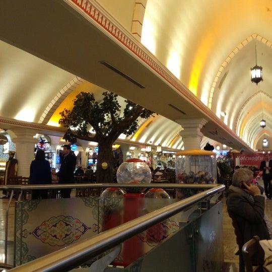 Das Foto wurde bei ACity Premium Outlet von Erhan K. am 12/21/2012 aufgenommen