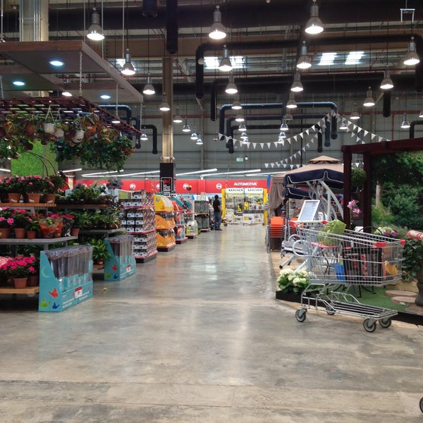 Photos at Ace Hardware - Yas Island - 11 tips from 623 visitors