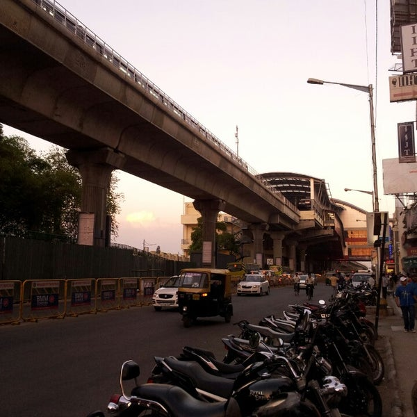 M G Road - Road In Bengaluru-8147