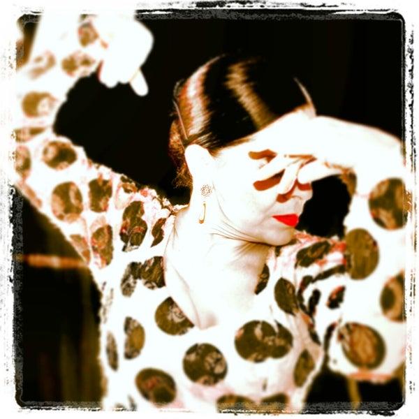Снимок сделан в Las Tablas Tablao Flamenco пользователем LasTablas T. 3/17/2013