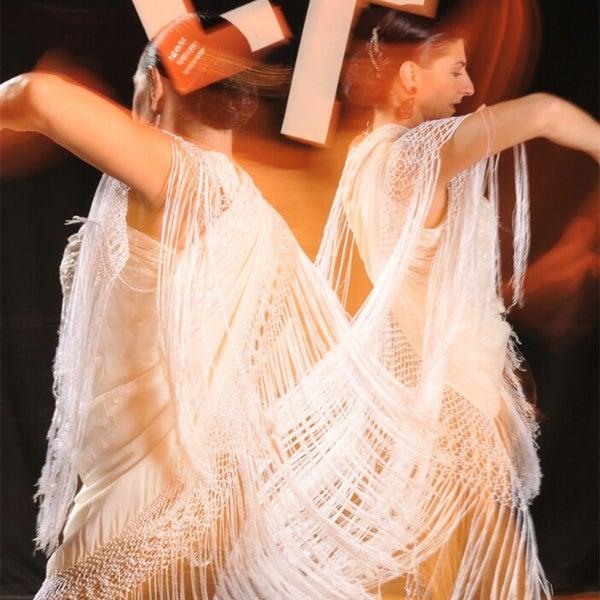 Снимок сделан в Las Tablas Tablao Flamenco пользователем LasTablas T. 3/6/2013