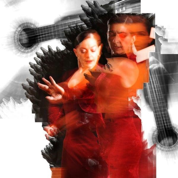 Снимок сделан в Las Tablas Tablao Flamenco пользователем LasTablas T. 1/5/2013