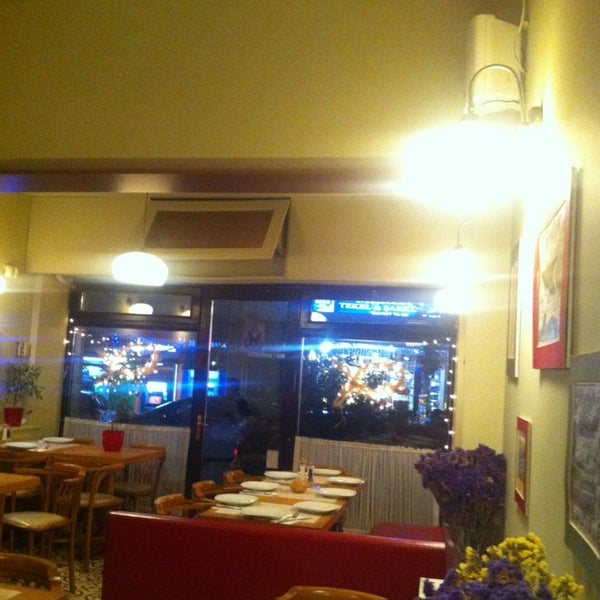 Foto tomada en Sıdıka Meze Restoranı por Duygu ö. el 2/7/2014