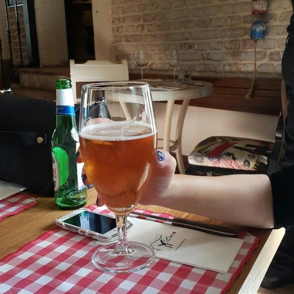 Das Foto wurde bei Il Vicino Pizzeria von Merveee Ü. am 3/7/2015 aufgenommen