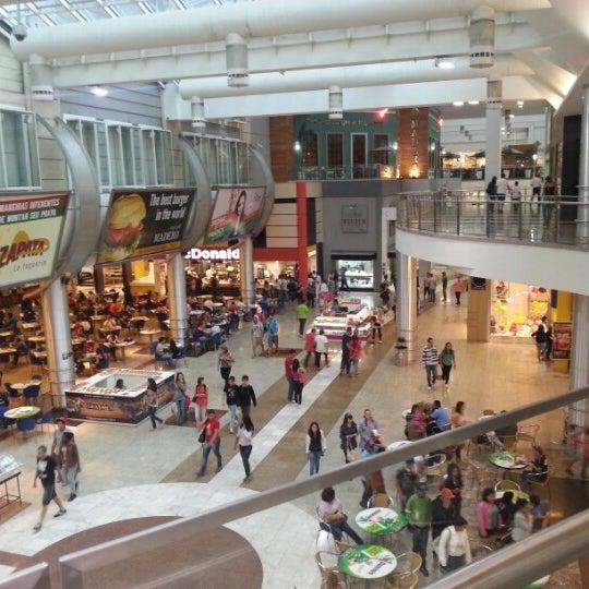 1/23/2013 tarihinde Eleazar S.ziyaretçi tarafından Shopping Estação'de çekilen fotoğraf