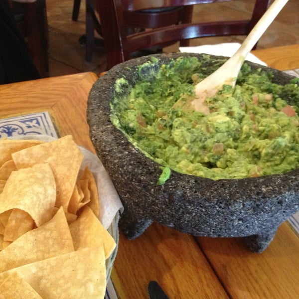 Foto scattata a Burrito Loco da David M. il 4/30/2013