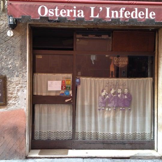 3/18/2012にAndrea B.がL'Infedeleで撮った写真