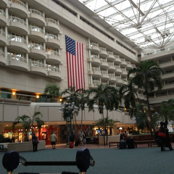 Das Foto wurde bei Flughafen Orlando (MCO) von Marcelo M. am 5/21/2013 aufgenommen