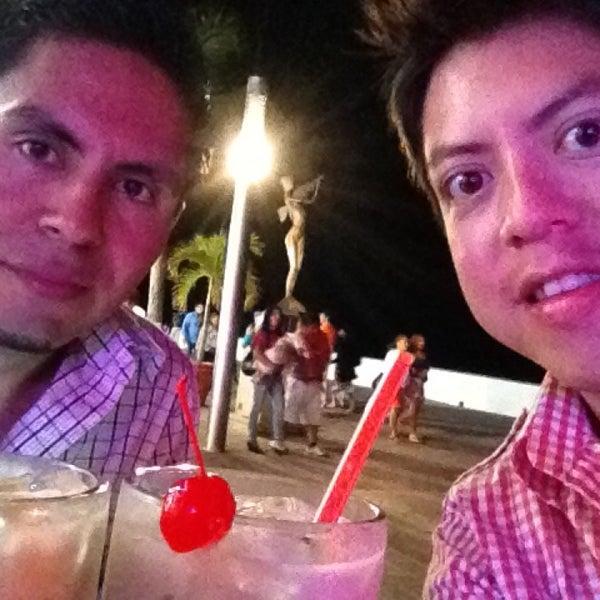 Foto diambil di Day Off Beach Bar oleh Eli S. pada 3/25/2013