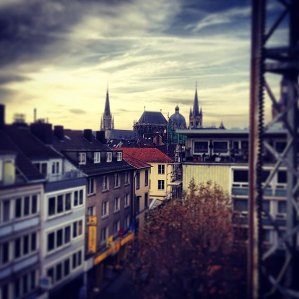 dauerhafte Modellierung Preis Neu werden Photos at Citykirche St. Nikolaus Aachen - 1 tip