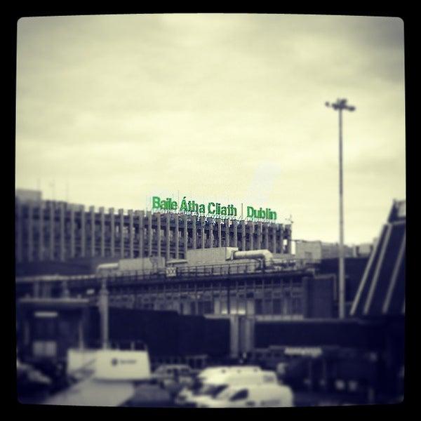 Foto tirada no(a) Aeroporto de Dublin (DUB) por Nuno G. em 5/2/2013