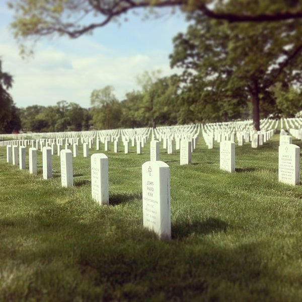 Photo prise au Arlington National Cemetery par Dmitry I. le5/13/2013