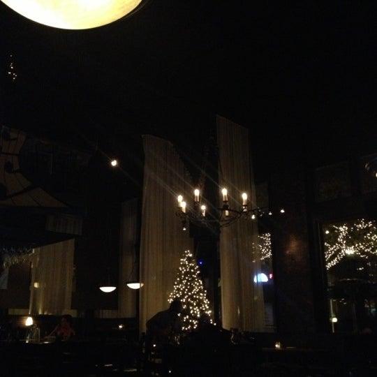 รูปภาพถ่ายที่ Terilli's โดย Kelly L. เมื่อ 12/14/2012