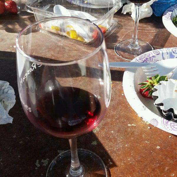 Photo prise au Rosenthal Wine Bar & Patio par Marlan H. le9/25/2016