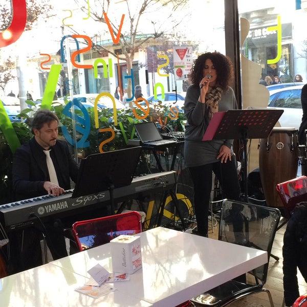 Foto diambil di Sevent In Lounge Bar Ristorante oleh Umberto R. pada 12/24/2014