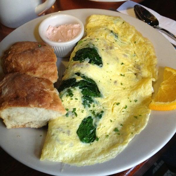 1/19/2013 tarihinde Fernanda R.ziyaretçi tarafından Good Enough to Eat'de çekilen fotoğraf