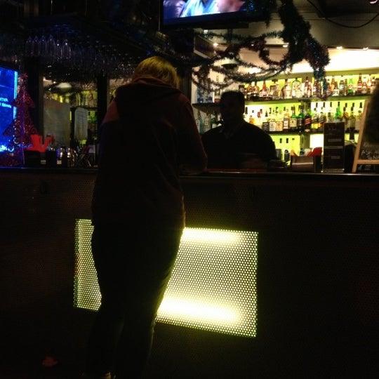 Foto diambil di VU Bar NYC oleh Edmonds K. pada 12/16/2012