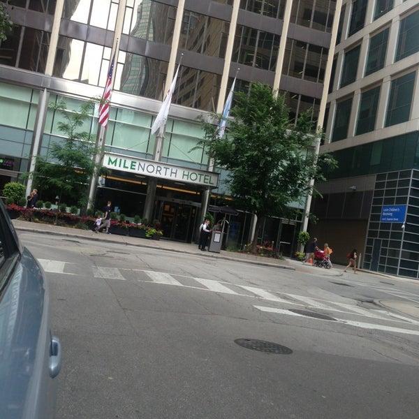 7/4/2013 tarihinde Jazzo R.ziyaretçi tarafından MileNorth, A Chicago Hotel'de çekilen fotoğraf
