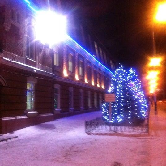 polnenkie-bat-saratovskaya-tabachnaya-fabrika-russkuyu-popu-foto