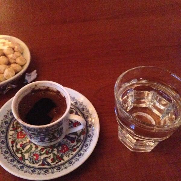 Foto scattata a Desde Cafe & Restaurant da Rıdvan A. il 1/25/2013
