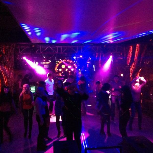 Ночной клуб skyview вход ночной клуб фото