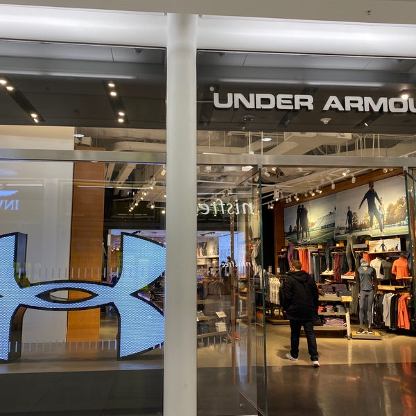 Asombrosamente Gestionar famoso  Under Armour - Clothing Store in New York