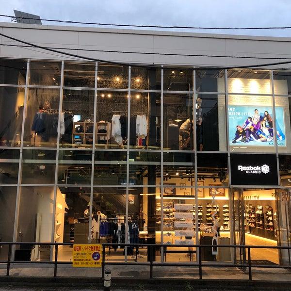 758fcfc3724 Photo taken at Reebok CLASSIC Store Harajuku by Liftildapeak W. on 8 13