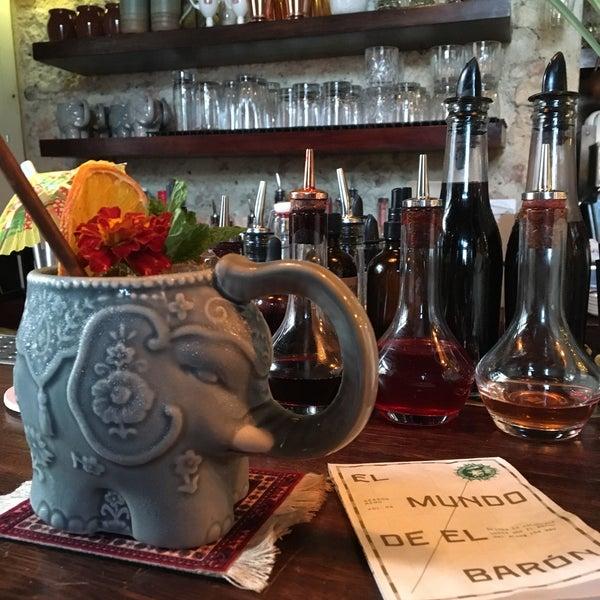 Photo taken at EL BARÓN - Café & Liquor Bar by Cinthya T. on 2/27/2018