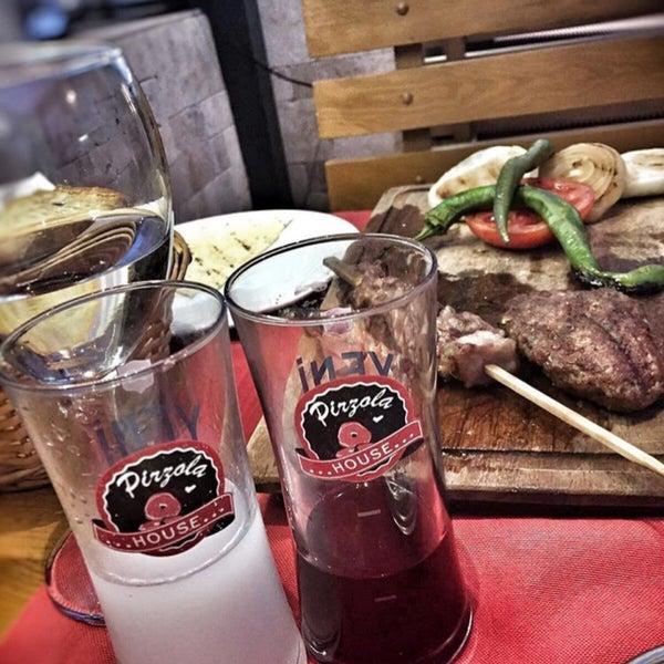 Das Foto wurde bei Pirzola Steak House von MuraT am 11/9/2018 aufgenommen