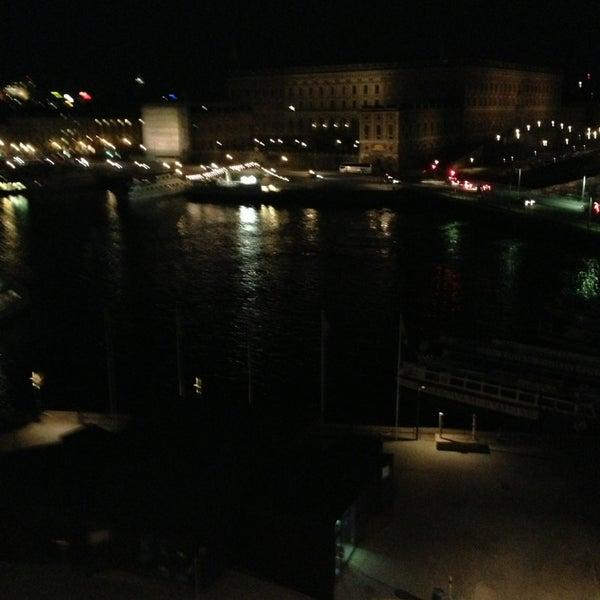 Foto tirada no(a) Grand Hôtel Stockholm por Fatih K. em 5/16/2013
