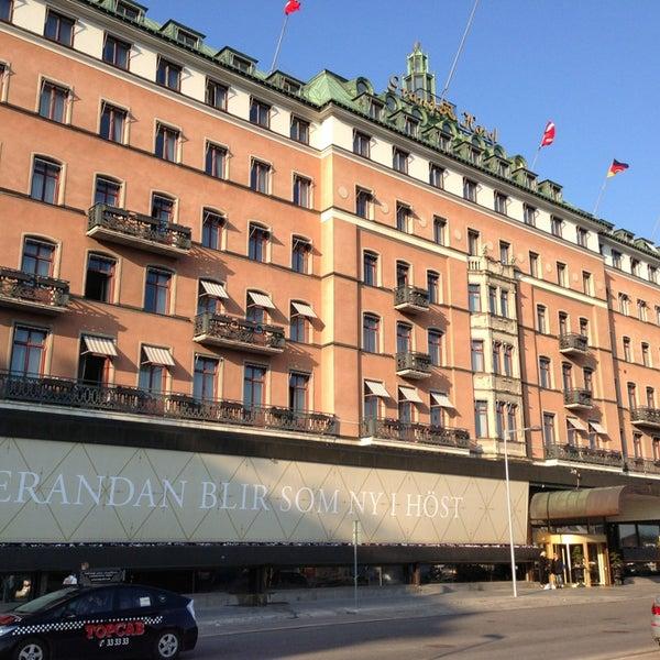 Foto tirada no(a) Grand Hôtel Stockholm por Fatih K. em 5/17/2013