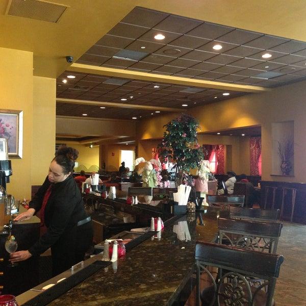 5/5/2013에 Christopher A.님이 Granny's Restaurant에서 찍은 사진