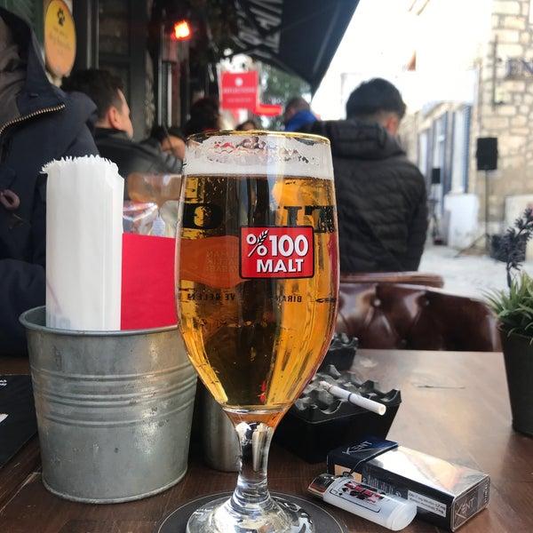 Foto diambil di Hops Irish Pub oleh Hüseyin K. pada 12/30/2018