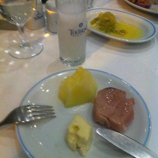 12/26/2012에 Nezih Cihan A.님이 Cunda Balık Restaurant에서 찍은 사진