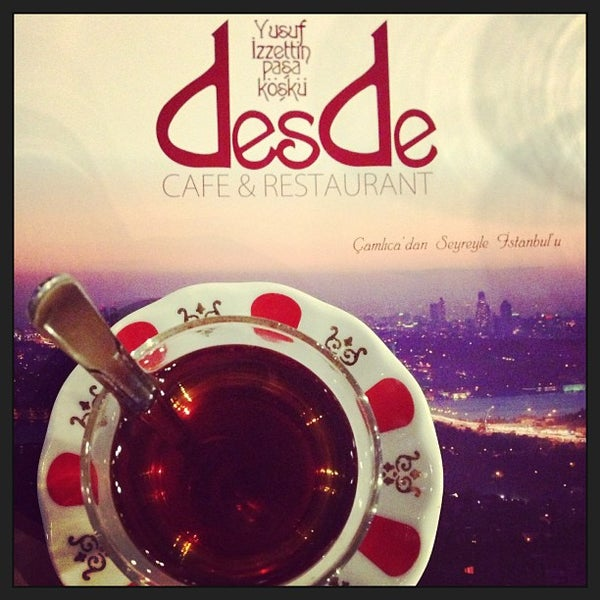 Foto scattata a Desde Cafe & Restaurant da Yagnenok il 5/1/2013